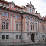 Záhadný dům na Karlově náměstí: Upsal v něm černokněžník Faust duši ďáblu?