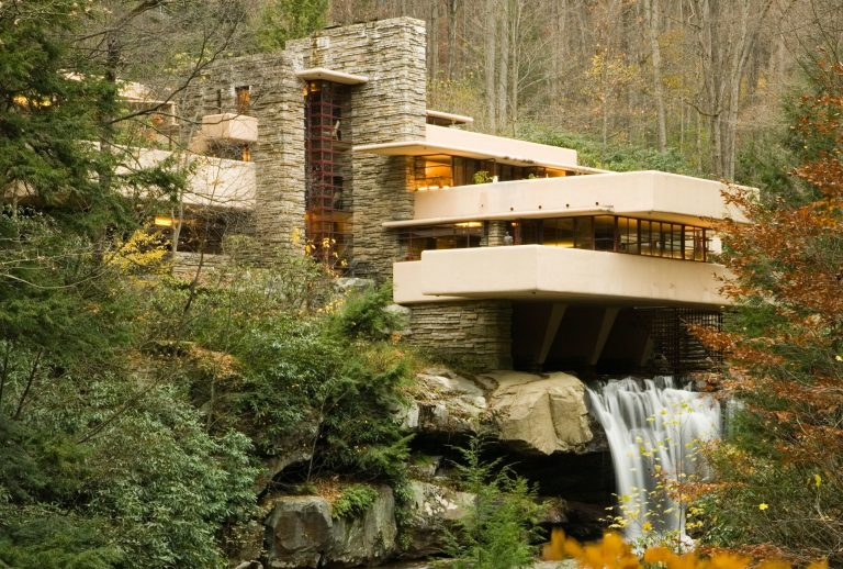 Fallingwater by Frank Lloyd Wright - Download Free 3D model by Myles