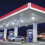 Oázy pro motoristy v nouzi: Jak se vyvíjely benzínové stanice?