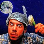 Kdo nejvíce věří konspiračním teoriím? Odpověď vás překvapí!