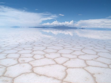 Foto: Salar de Uyuni v Bolívii: Solná pláň velká jako střední Čechy!