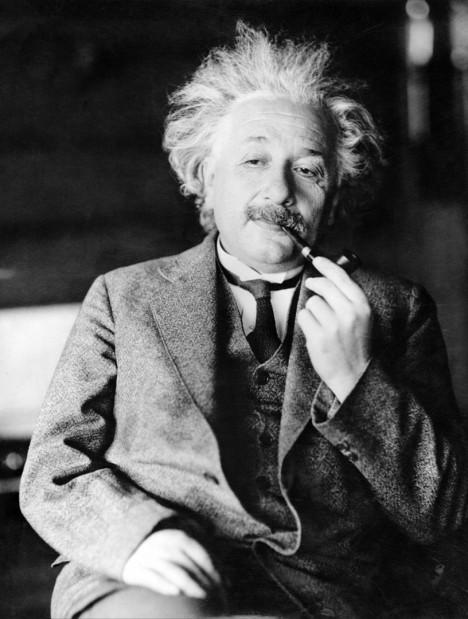 03_Albert-Einstein
