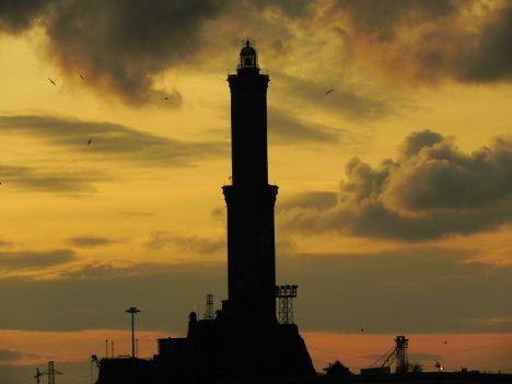 Foto: 5 nejvyšších majáků světa: Námořníci na ně nedají dopustit ani dnes!