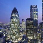 Foto měsíce: Neobvyklý mrakodrap ve tvaru okurky!