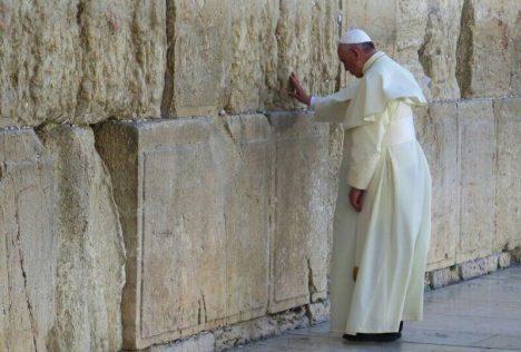 Foto: Židé: Těžce zkoušený lid pod Davidovou hvězdou