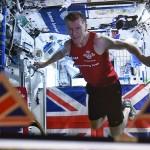 Rekordní běh na oběžné dráze: Astronaut si zaběhl londýnský maraton