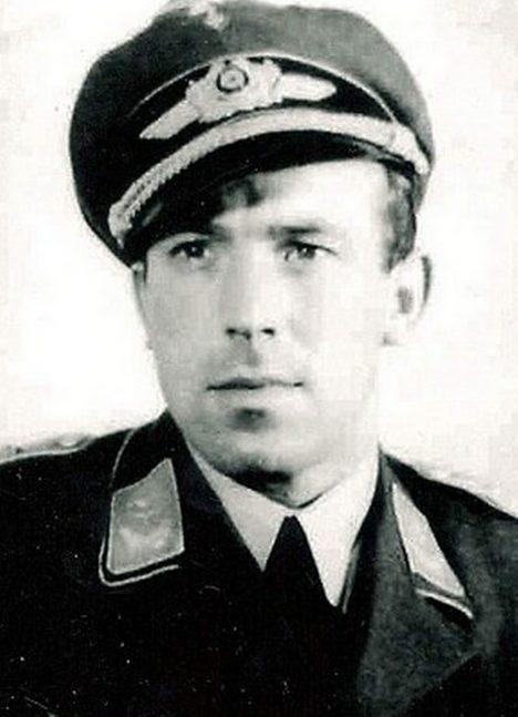 Foto: Německé stíhací eso Franz Stigler: Proč zachránil život nepříteli?