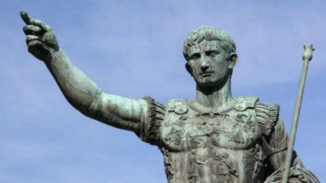 Foto: Sexuální maniak na trůnu: Caligulu zavraždila jeho vlastní ochranka!