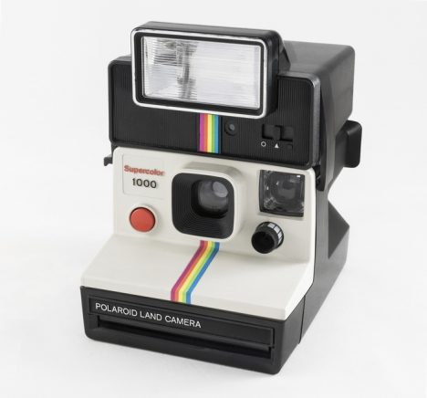 2017_Polaroid_Supercolor_1000