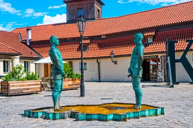 Znáte 5 nejzajímavějších čurajících soch? – Epochaplus.cz