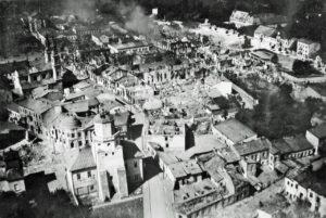 Likvidace polské elity: Soutěž SS se sovětskou NKVD