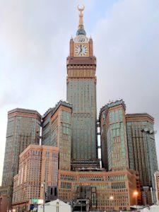 Hodinová věž v Mekce: Rekordmanka s největším ciferníkem, observatoří i vědeckým centrem
