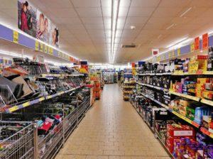 Proč nejsou v supermarketech okna?