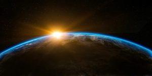 Země se točí rychleji, den se zkracuje