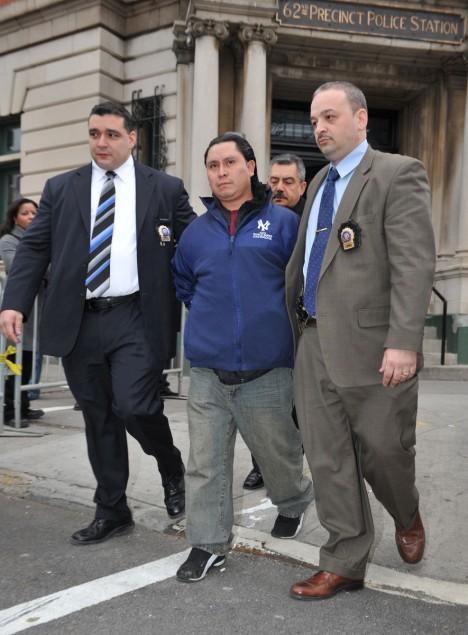 Daniel Ignacio odchází od soudu s doživotním trestem.