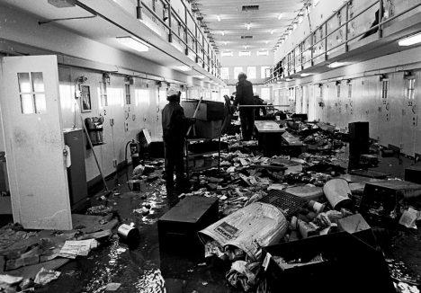 Foto: 6 x vězeňské vzpoury: Za katrem nikdo nesedí rád!
