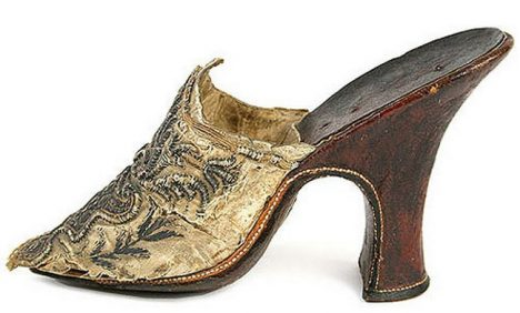 Catherine De Medici wore these shoes to her wedding, which took place in 1533 when Catherine was only 14 years old. Obviously then she wasn't queen of France in 14 years she will be.
