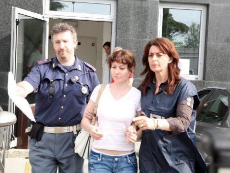 Foto: Dvě tváře Estibaliz Carranzaové: Proč krásná cukrářka zastřelila exmanžela?