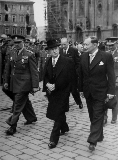 Foto: Zdeněk Fierlinger: Příběh kontroverzního premiéra!