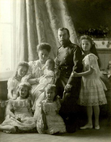 Foto: Láska posledního cara: Zplodil Mikuláš II. syna s baletkou?