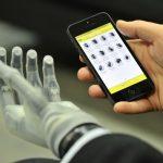 VIDEO: Češka testovala bionickou ruku, díky lidem si může koupit dvě