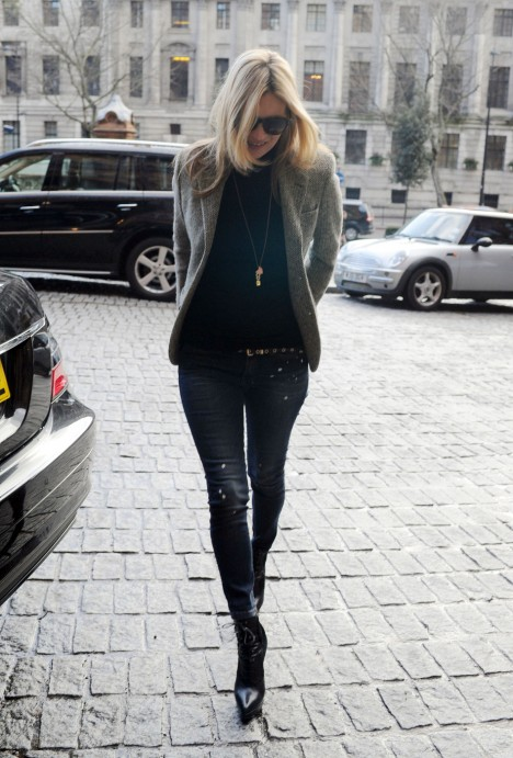Supermodel Kate Moss is spotted walking around the streets of London