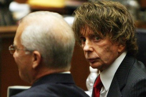 LOS ANGELES - SEPTEMBER 18: Music producer Phil Spector (R) sits with his attorney Roger Rosen (L) during his murder trial September 18, 2007 in Los Angeles, California. Spector, 67, is accused of fatally shooting 40-year-old Lana Clarkson in February 2003. The murder case went to the jury September 10. Today the jury announced they have not reach a verdict while Judge Larry Paul Fidler ordered the jury to come back tomorrow for additional instructions and to continue deliberating on the case. (Photo by Gabriel Bouys-Pool/Getty Images) *** Local Caption *** Roger Rosen;Phil Spector