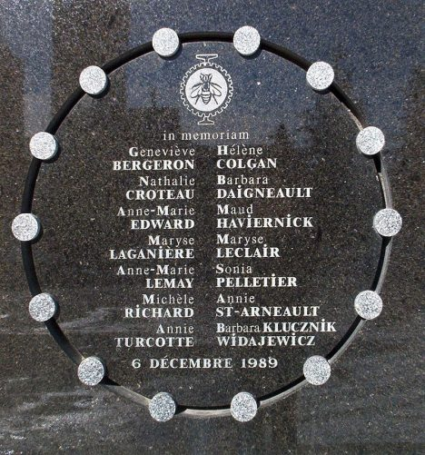 800px-Mtl_dec6_plaque