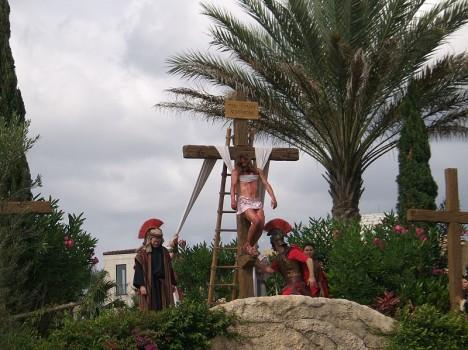 800px-Orlando_crucifixion