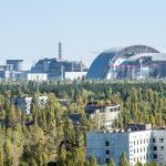 Trosky Černobylské elektrárny překryl nový štít: Má zastavit záření na 100 let