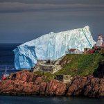 Nádherné! Masivní ostrovy plujícího ledu  u břehů Kanady