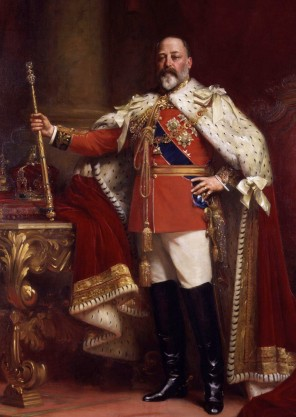 Edward_VII_in_coronation_robes