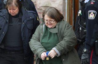 Elizabeth Wettlaufer závislá vražedkyně vyfasuje doživotí.1