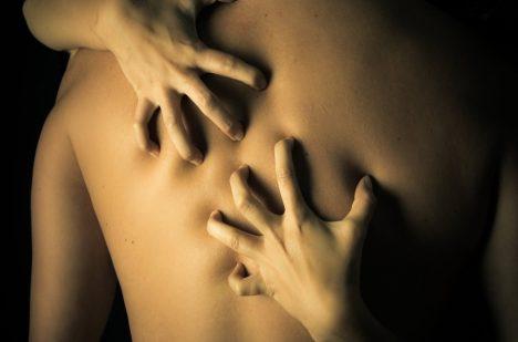 Nižší úmrtnost, vyšší doba dožití. To jsou prý výhody pravidelného sexu.