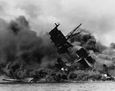 2.Celé tichomořské loďstvo bylo během útoku zničeno. Věděl o tom Nostradamus?