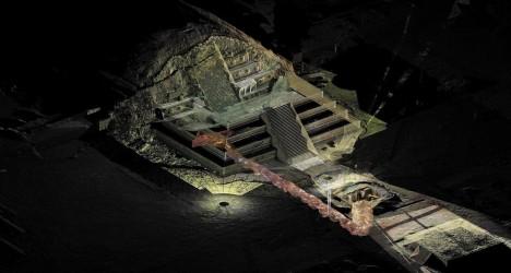 Foto: Záhada mexické pyramidy: Proč skrývá vpodzemí stovky zlatých koulí?