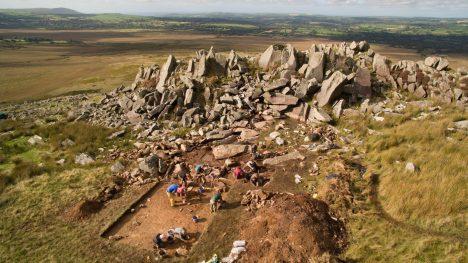 V roce 2011 vědci nalezli ve velšském pohoří Preseli pravěký kamenolom, kde byly lámány kameny pro Stonehenge.