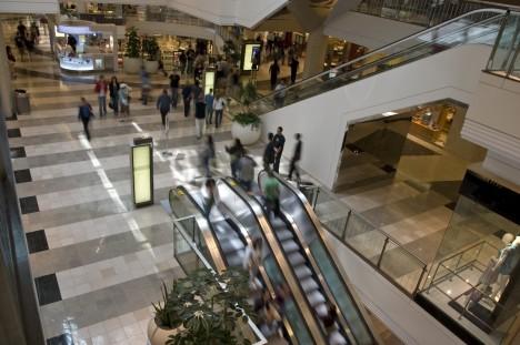 Povely na hranici slyšitelnosti ukryté v hudebním podkresu obchodního centra prý dokázaly zamezit krádežím.