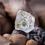 Farář ze Siera Leone našel jeden z největších diamantů světa!