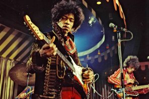 DO NOT DELETE OR  PURGE FROM MERLIN  courtesy Everett Collection Mandatory Credit: Photo By MARC SHARRAT / Rex Features, courtesy Everett Collection THE JIMI HENDRIX EXPERIENCE VARIOUS - 1967  PERFORMING MARQUEE CLUB, LONDON   - 02 MAR 1967 16987j He is playing a The 1965 Fender Stratocaster sunburst red/yellow  without a whammy - bar and no sustainable pedals.   this guitar  was set on fire in LONDON in a concert at Finsbury Astoria in north London on March 31st, 1967 . This photo was taken 29 days before he smashed this guitar.
