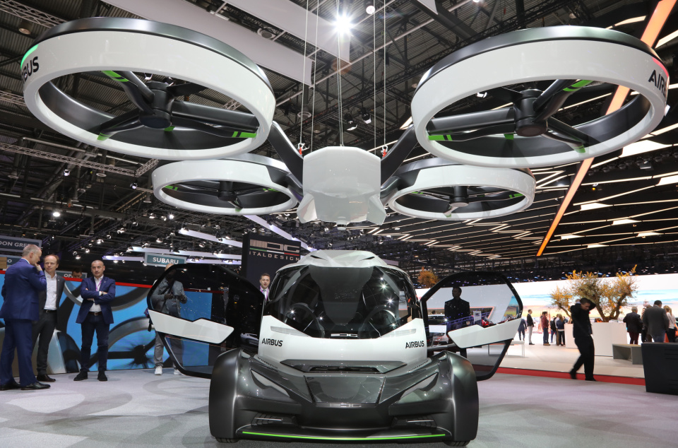 Italdesign-Airbus-PopUp-concept-front-end