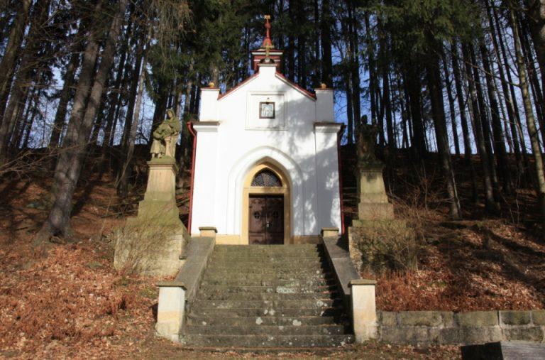 Kaple-Marie-Lurdske-v-Suchem-dole-IMG_2250