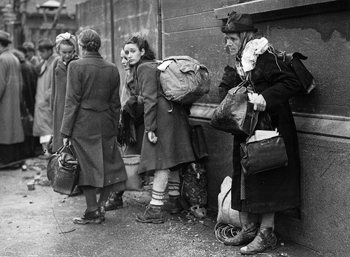 18th October 1944:  German refugees preparing to leave their home town of Aachen to escape the battle between American and German armed forces over the town. They are destined for a Belgian refugee camp.  (Photo by Fred Ramage/Keystone/Getty Images)  Fred Ramage/Keystone/Getty Images