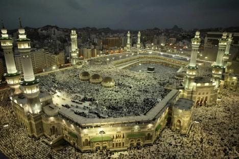 Foto: Posvátná Mekka: Klaní se muslimové meteoritu?
