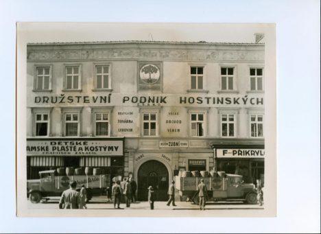 Foto: Z dějin alkoholu: Stojí na Moravě nejstarší fungující palírna na světě?