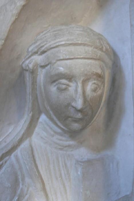 Teta Anežka Přemyslovna, abatyše kláštera sv. Jiří má na svoji neteř velký vliv.