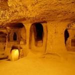 Tajemství starověku: Kdo a proč postavil podzemní města v Turecku?