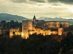 Za noci vypadá palác opravdu překrásně