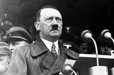 V nemocnici zachránili život i Hitlerovi.