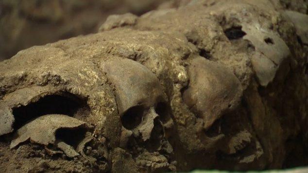 Archeologové objevili v Mexiku věž z lebek!